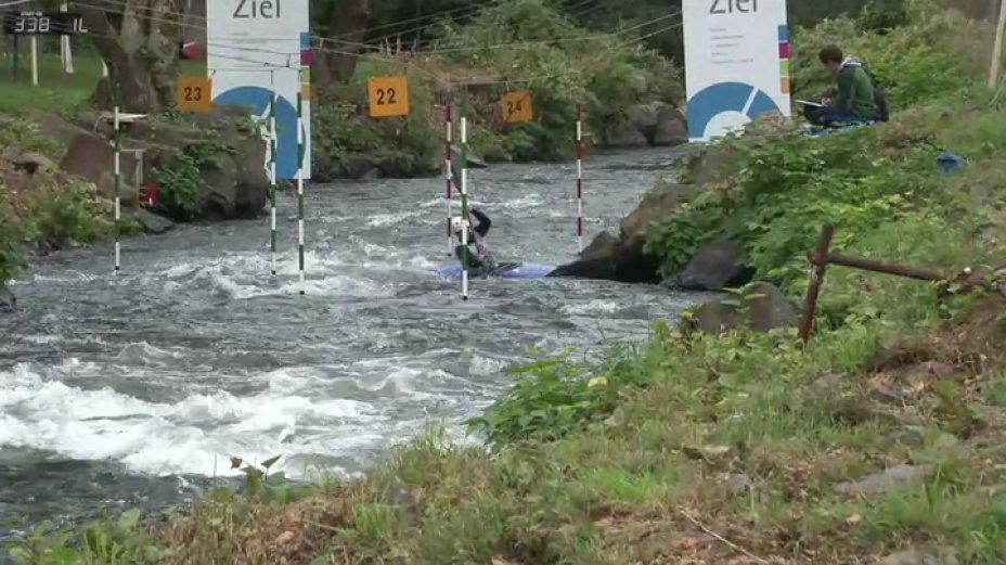 K1 weibliche Jugend&Junioren - 1. Lauf - Länderpokal 2013 in Hohenlimburg
